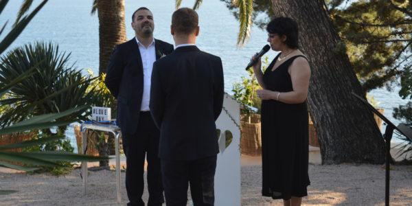 Une Cérémonie laïque  dans le Var pour David et Cyril